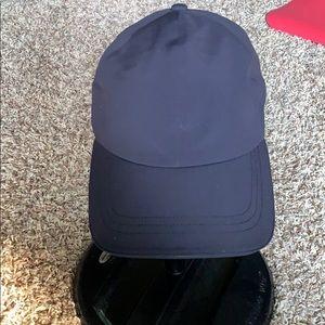 Lululemon Baller running hat